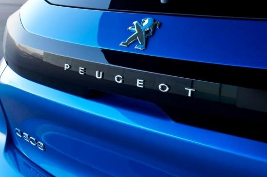 Peugeot e-208 может быть успешным. Сколько будет стоить первый электрический автомобиль французов